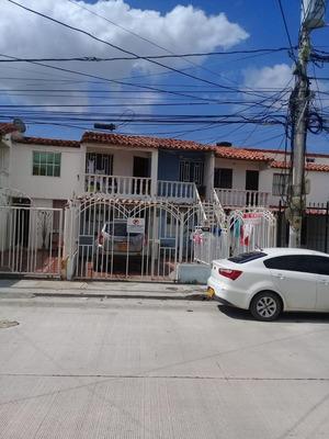Venta Casa Dos Pisos Bifamiliar Santa Marta