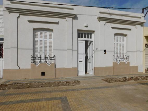 Casa En Centro De Chascomus, Totalmente Reciclada