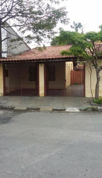 Casa Com 2 Quartos , Sala , Cozinha E Banheiro...