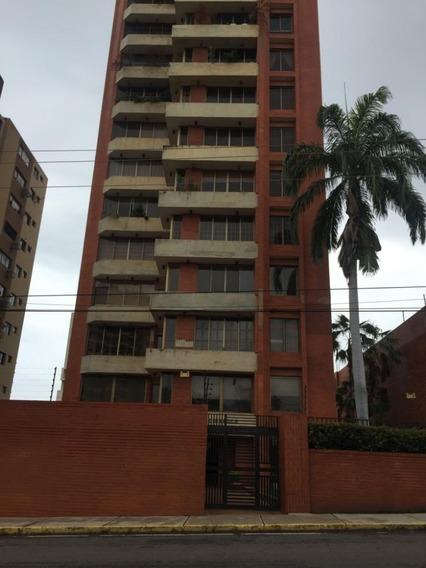 Apartamento Alquiler La Lago Maracaibo Api 5046