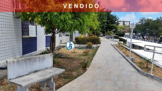 Condomínio Bairro Latino - Venda De Apartamento Em Candelária, Com 3 Quartos, Sendo Um Suíte, Perto Do Natal Shopping - Ap00127 - 32108948