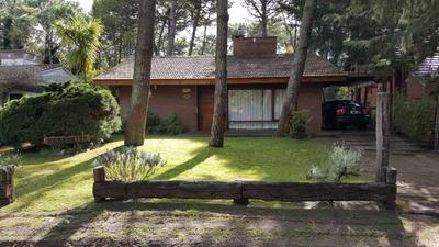Casa 4 Ambientes Quincho Parrila Alquiler Pinamar 8 Personas