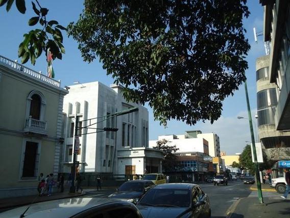 Comercial En Venta Zona Centro Barquisimeto Dh 19-6310