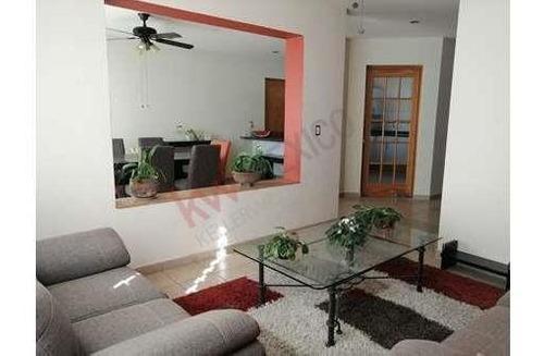 Confort Y Tranquilidad En Privada Con Seguridad Las 24 Horas, Casa Con Iluminación Natural