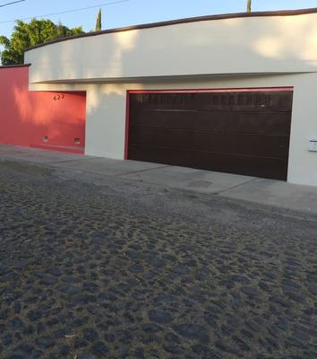 Casa Renta Jurica-excelente Ubicacion-1 Cuadra Paseo Jurica