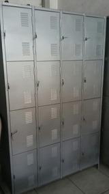 Armário Roupeiro Com 16 Portas