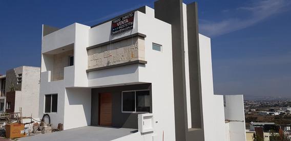 Hermosa Casa Nueva Con Vista Panorámica Punta Esmeralda
