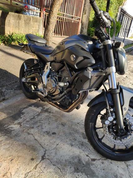 Yamaha Mt 07 - 2016 - Baixo Km