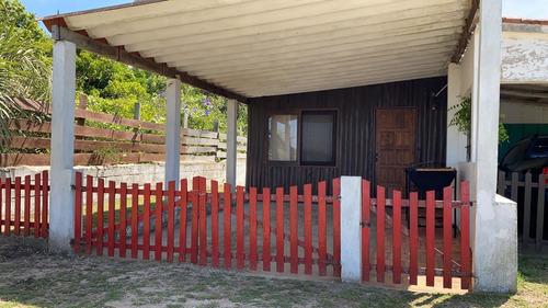 Casa En Excelente Estado,  Costa Azul, Rocha .
