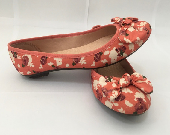 Sapatilha Moleca Floral Feminina