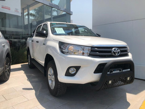 Toyota Hilux 2.7 Doble Cabina Sr Mt 2019