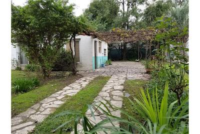 Casa Con Garage Y Jardín Con Un Local Del Viso
