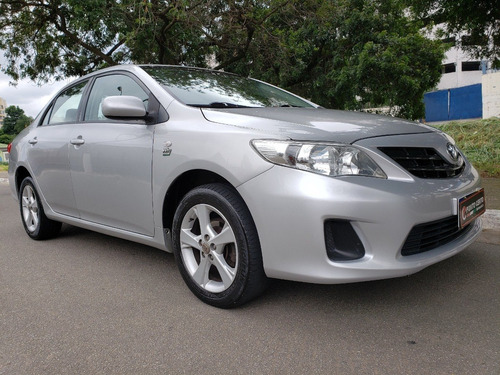 Toyota Gli 1.8 Flex Aut 2014