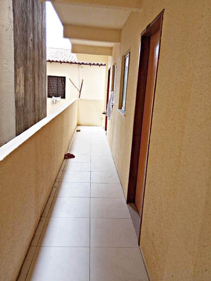Apartamento 2 Quartos, Cozinha Americana, Sala E Banheiro