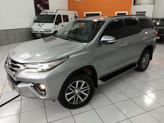 Toyota Hilux Sw4 Srx 7 Lugares 2017 Prata 2.8 Die Top Rd 18