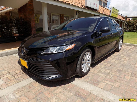 Toyota Camry Luxury Edition Le 2.5cc