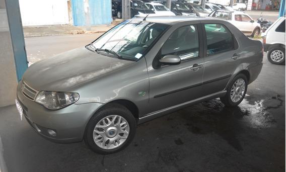 Fiat Siena 1.8 Hlx Ano 2007 - 8v - Flex - Completo