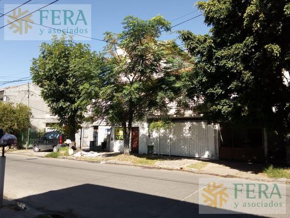 Venta Casa Para 2 Familias Con 3 Dormitorios En Bernal (24161)