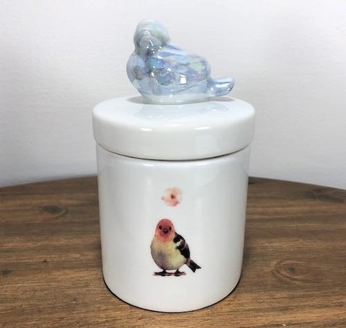 Imagem 1 de 7 de Pote De Porcelana Passarinho