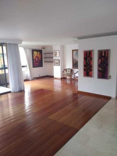 Apartamento Poblado 218 Mtrs