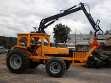 Trator Grua Florestal Valmet 1180 4x4 Carregadeira Madeira
