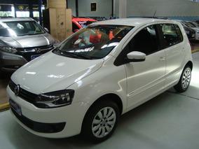 Volkswagen Fox 1.6 Flex 2014 Branco (24.000 Km / Completo)