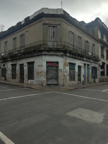 A Una Cuadra De Peatonal Sarandí Y Plaza Zabala