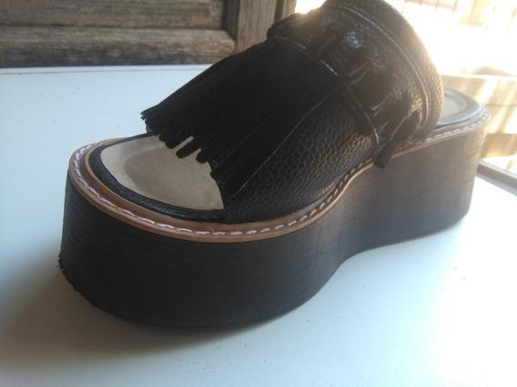 Sandalias De Cuero Color Negro Un Solo Uso