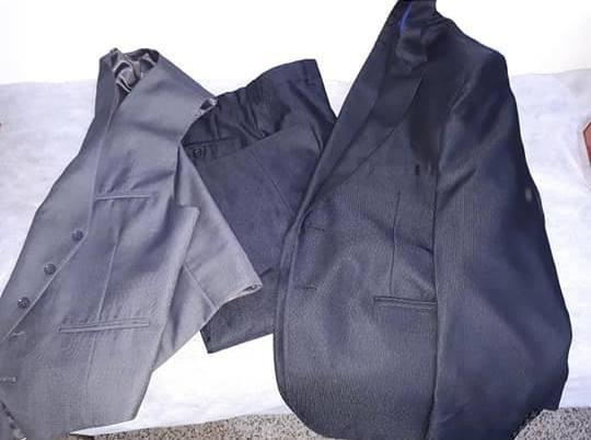 Ambo Slim Fit Cerem(saco Pantalon Chaleco) Talle M (3 Aprox)