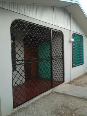 Casa De Dos Cuartos Y Un Baño En Bagaces, Guanacaste