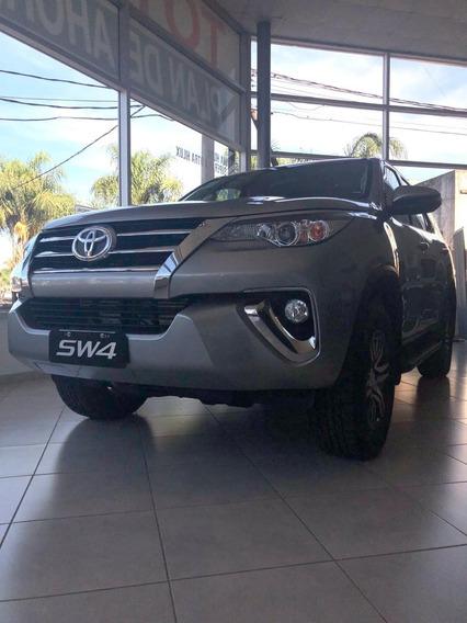 Toyota Sw4 4x4 Sr 2.8 Tdi 6 A/t 5a