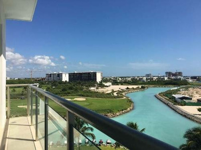 Torre Maioris Puerto Cancun