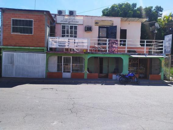Casa Con Locales En San Joaquin 04124667445 (atc-577)