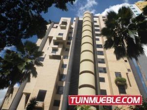 Apartamento En Venta En Las Chimeneas Codigo 20-3842 Mpg
