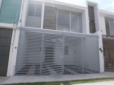 Residencial De La Barranca..hermosas Casas Nuevas $2,300,000