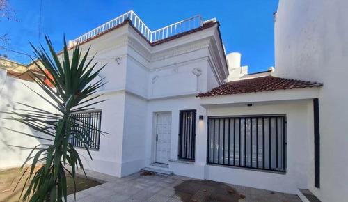 Imagen 1 de 29 de Casa Venta 4 Dormitorios 3 Baños 1 Cochera 250 Mts 2 Totales  - La Plata