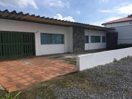Casa No Cibratel 1 Com Edícula Ampla - Itanhaém 5040   Npc