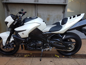 Motocicleta Suzuki B-king 1340