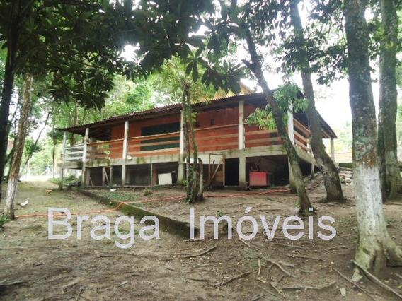 Chácara 3.700m² - 6 Dorms - Lago - Campinho - Lareira - Chur