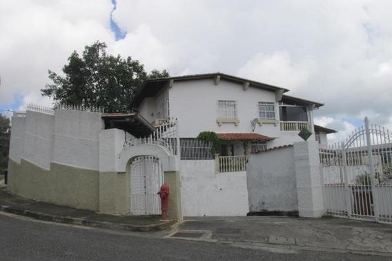 Casa En Venta - El Hatillo -20-2511