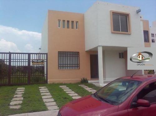 Se Vende Bonita Casa En Conjunto Cerrado Con Barda Perimetra