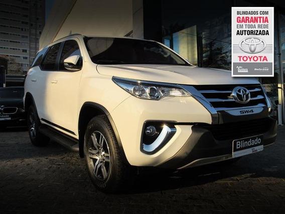 Toyota Hilux Sw4 Srx 4x4 2.8 Tdi Aut. 7 Lugares