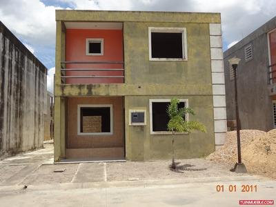 Townhouses En Venta, Puertas Del Sur, Maturin