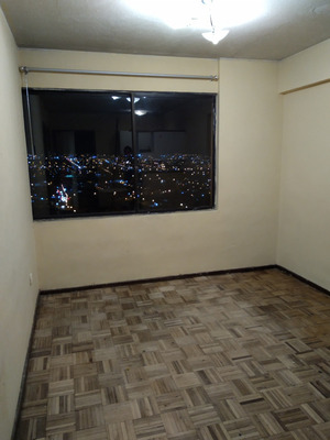 Suite Junto A Ant, Norte De Quito