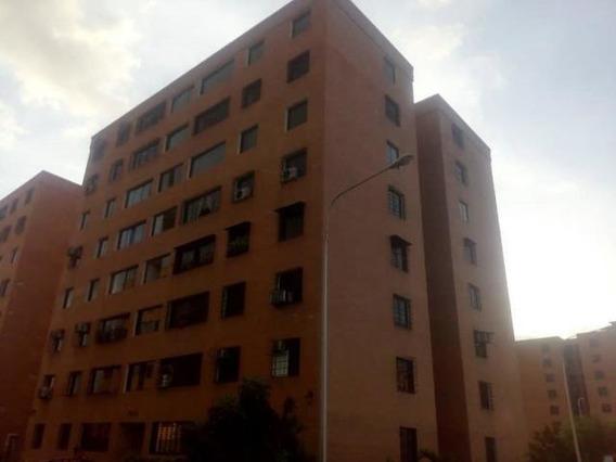 Apartamento En Venta En Maracay Mm 20-4510