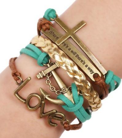 Bracelete Em Couro Camurça Com Trançado Dourado E Metais
