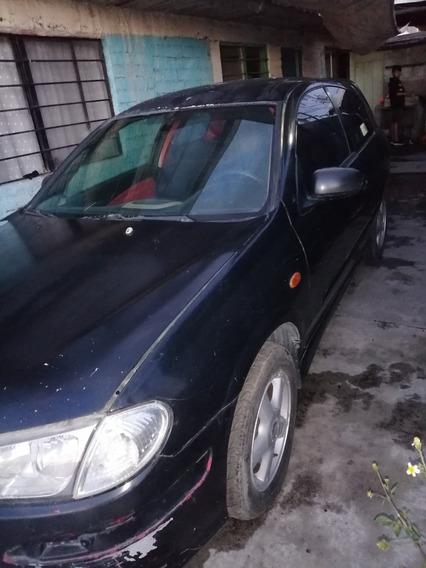 Nissan Almera 1.8 Convenient 5p Mt 2004
