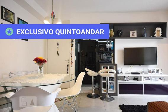 Apartamento No 1º Andar Mobiliado Com 2 Dormitórios E 1 Garagem - Id: 892942090 - 242090