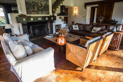Hermosa Casa En Venta Y Alquiler Zona  Golf, Punta Del Este, 4 Dormitorios, House In Sale!!!!- Ref: 205610