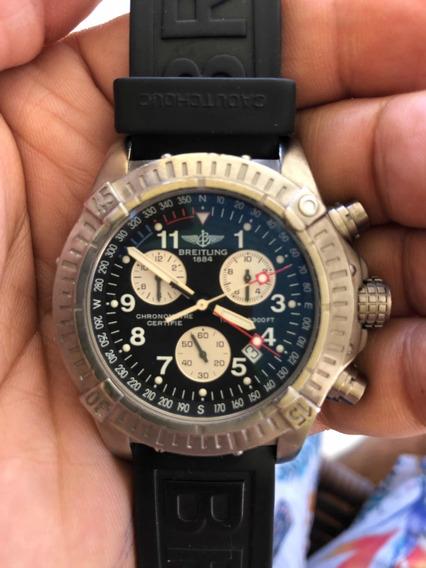 Relógio Breitling Avenger Em Titanium